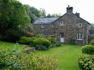 Comfortable 4 bedroom Cottage in Llangattock - Llangattock vacation rentals