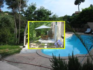 quiet with pool near sea - La Gaude vacation rentals