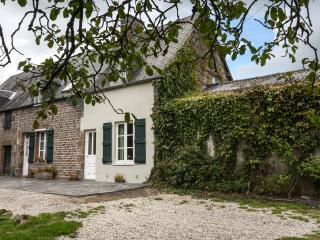 Perfect 4 bedroom Farmhouse Barn in Sourdeval - Sourdeval vacation rentals
