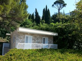 M&T - charming newly decorated apartment - Mlini vacation rentals