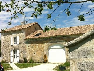 Nice 1 bedroom Bed and Breakfast in Verteillac - Verteillac vacation rentals