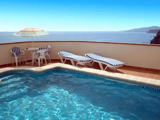 2 bedroom Villa with Internet Access in Maro - Maro vacation rentals