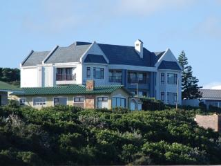 Beautiful 4 bedroom Port Alfred House with Internet Access - Port Alfred vacation rentals