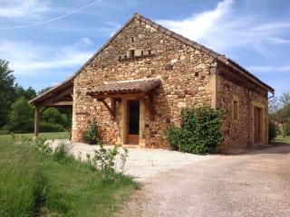 2 bedroom Gite with Internet Access in Montclera - Montclera vacation rentals