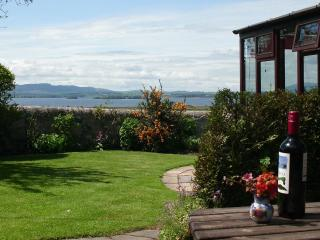 The Gate Lodge: top selfcatering cottage, Scotland - Kinross vacation rentals