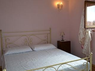 Romantic 1 bedroom House in Terontola - Terontola vacation rentals