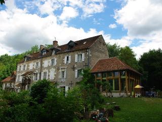 Le Moulin De Bas Pezé