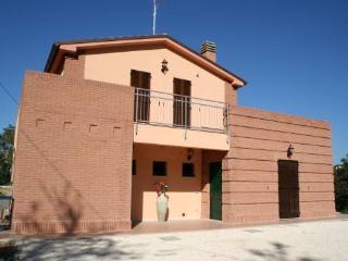 Farmhouse La Collina delle Str - Castelbellino vacation rentals