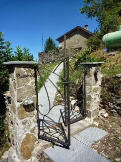 Comfortable House with Internet Access and Grill - Bedonia vacation rentals