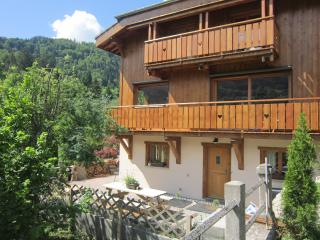Chalet Belle Folie, 4 bedroom all ensuite chalet. - Saint Jean d'Aulps vacation rentals