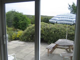 Nice 4 bedroom Clifden Bungalow with Internet Access - Clifden vacation rentals