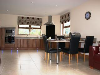 Perfect Cushendun vacation Cottage with Satellite Or Cable TV - Cushendun vacation rentals