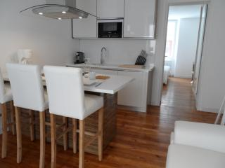 Mr White - Biarritz vacation rentals