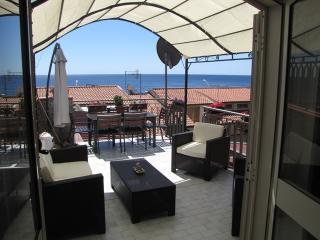 Mansarda a Roccalumera, vicino Taormina - Roccalumera vacation rentals