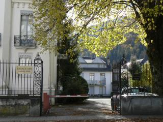 Luchon -  studio hypercentre, expo sud , belle vue - Bagneres-de-Luchon vacation rentals