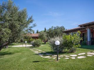 Nice Finca with Internet Access and A/C - Montalto di Castro vacation rentals