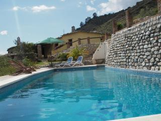 3 bedroom Finca with Internet Access in Orgiva - Orgiva vacation rentals