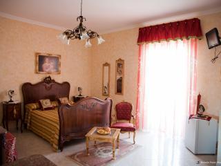 La Baronessa  Yellow House - Tricase vacation rentals