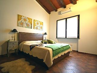 Cozy 2 bedroom House in Montalto di Castro - Montalto di Castro vacation rentals