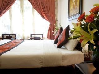 Bright 30 bedroom B&B in Hanoi - Hanoi vacation rentals
