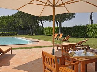 Adorable 4 bedroom House in Magliano Sabina with Deck - Magliano Sabina vacation rentals