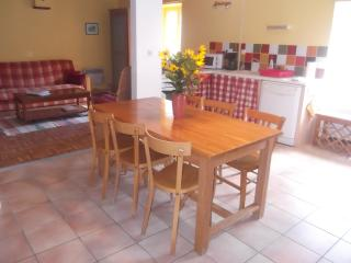 Gorgeous Saint-Maur vacation Gite with Internet Access - Saint-Maur vacation rentals