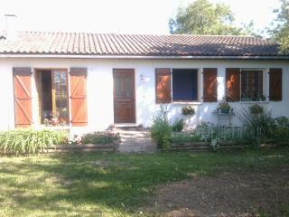 3 bedroom Gite with Internet Access in Caussade - Caussade vacation rentals