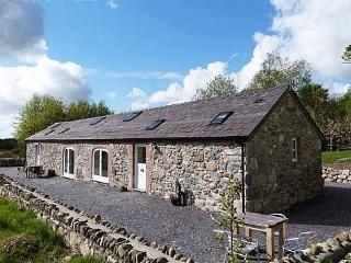 Beudy Menai: near the Coast and Snowdonia - 76025 - Y Felinheli vacation rentals