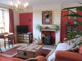 Hollyhock House - Belford - Belford vacation rentals