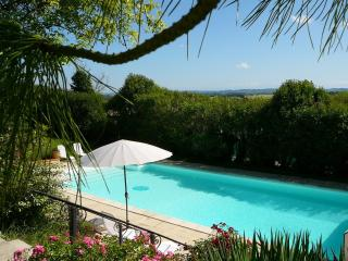 1 bedroom Bed and Breakfast with Internet Access in Villefranche-de-Lauragais - Villefranche-de-Lauragais vacation rentals