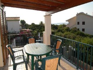 Bright 2 bedroom Condo in Calasetta with A/C - Calasetta vacation rentals