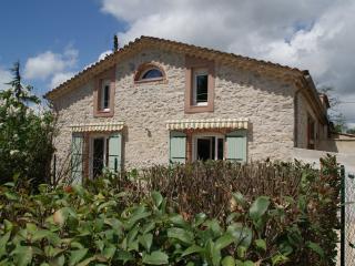 Le Gîte du Vieux Mûrier ( Coté SUD ) - Anduze vacation rentals