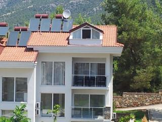 Bright 3 bedroom Apartment in Hisaronu - Hisaronu vacation rentals