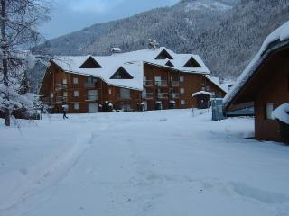 Cozy Les Contamines-Montjoie Studio rental with Satellite Or Cable TV - Les Contamines-Montjoie vacation rentals