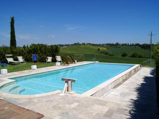 Beautiful 3 bedroom Condo in Sovicille - Sovicille vacation rentals
