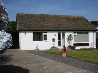 Beautiful 4 bedroom Benllech Bungalow with Internet Access - Benllech vacation rentals