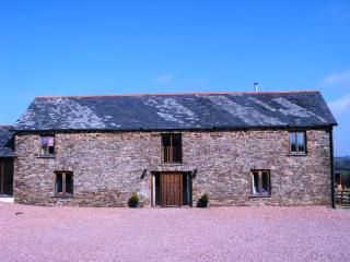 4 bedroom Cottage with Outdoor Dining Area in Winkleigh - Winkleigh vacation rentals
