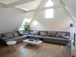 Light 4 - Amsterdam vacation rentals