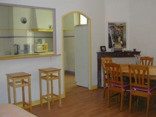 Nice Condo with Internet Access and Washing Machine - Saint Andre Les Alpes vacation rentals