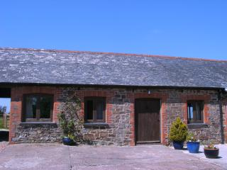 2 bedroom Cottage with Outdoor Dining Area in Winkleigh - Winkleigh vacation rentals