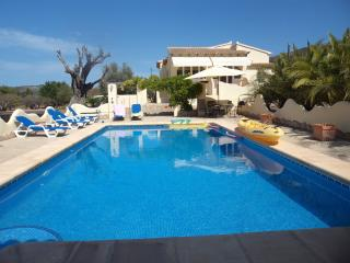 LUXURY VILLA  LLIBER  NR  JALON VALEY  A/C  WI FI - Alcalali vacation rentals
