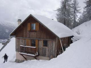 4 bedroom Ski chalet with Game Room in Chantemerle - Chantemerle vacation rentals