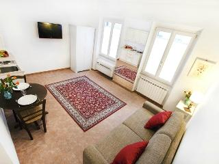 San Paolino near the station - Florence vacation rentals