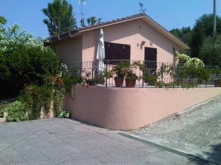 2 bedroom House with Internet Access in San Costanzo - San Costanzo vacation rentals