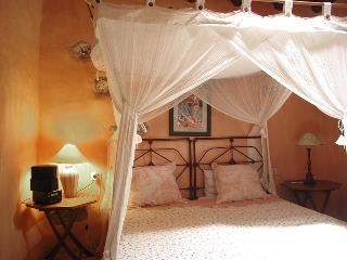 Suite El Alpende Casa el Morro - Uga vacation rentals
