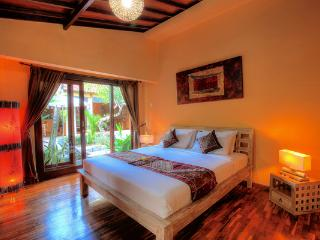 Villa Bisi 3 Bedrooms Private Villa in Seminyak - Seminyak vacation rentals