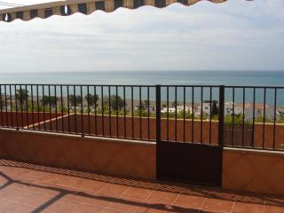Terraced house 300 m from the sea - Benajarafe vacation rentals