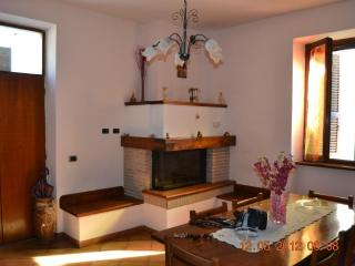 Nice House with Washing Machine and Television - Poggiodomo vacation rentals