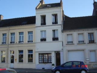 Montreuil-sur -mer - High Town - Chez Nous - Montreuil-sur-Mer vacation rentals