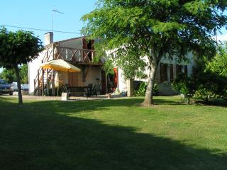 Riverview.  Holiday home near Bergerac - Bergerac vacation rentals